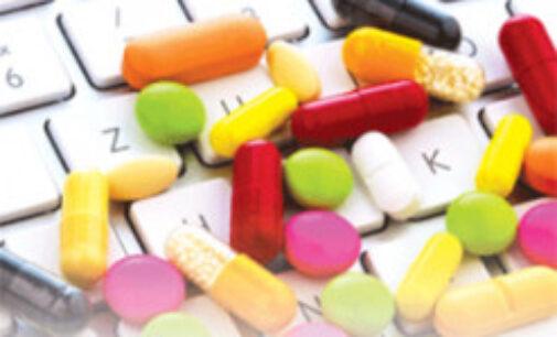 Украинцы смогут покупать лекарства онлайн