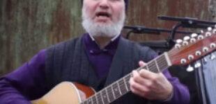Батюшка стал звездой YouTube, спев о бездорожье на Одесчине